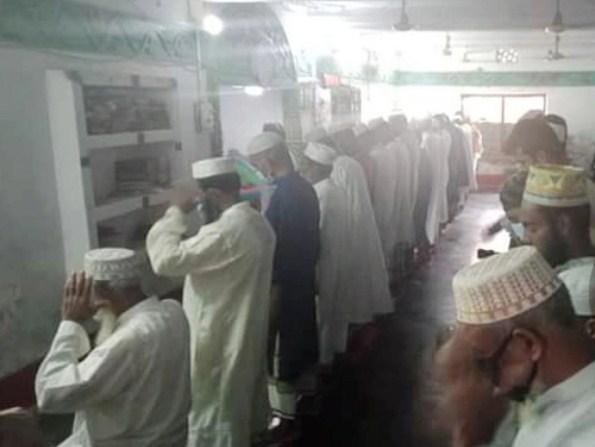 পটুয়াখালীর বদরপুর দরবার শরীফে আজই অনুষ্ঠিত ঈদের জামাত